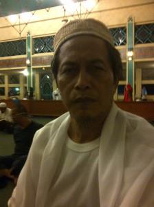 Si Fincang 10 hari terakhir Ramadhan , i'tikaf di masjid jami.