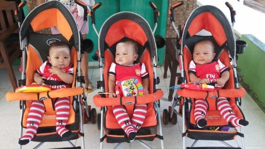 putra2 pak Bagus Adi dari Subang, yg lahir prematur dan mendapat bantuan pinjaman inkubator gratis dari Tim UI